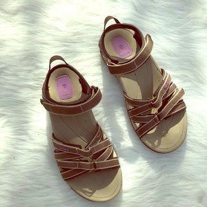 Teva Tirra Sandals Size 7